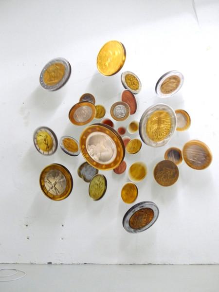 THE bounty (Euro), 2012, FujiFlex auf Dibond, Metallhalterungen, ca. 220 x 220 x 50 cm - Foto: Thomas Eller