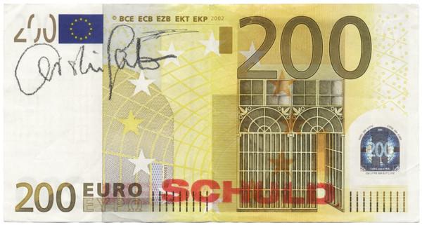 Christin Lahr: MEHR | WERT | SCHÖPFUNG: SCHULD | HABEN, 2013 zweiteilig: Original-Banknoten (200-Euro-Scheine), beidseitig gestempelt und signiert, je 8,2 × 15,4 cm, © VG Bild-Kunst, Bonn / Repro: Hermann Büchner