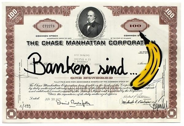 Thomas Baumgärtel: Banken sind… Banane, 2012 Spraylack/Edding auf Original-Aktie der Chase Manhattan Corporation, 20,5 x 30,5 cm - © VG Bild-Kunst, Bonn, Foto: Archiv Baumgärtel, Köln