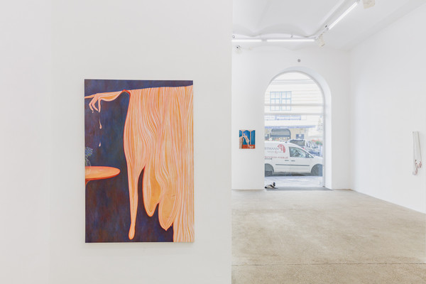 Exhibition view, Sarah Bechter, flickering wrists, Galerie Elisabeth & Klaus Thoman, Vienna, 2020