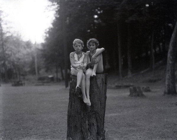 Judith Joy Ross, Untitled, Eurana Park, Weatherly, Pennsylvania, 1982