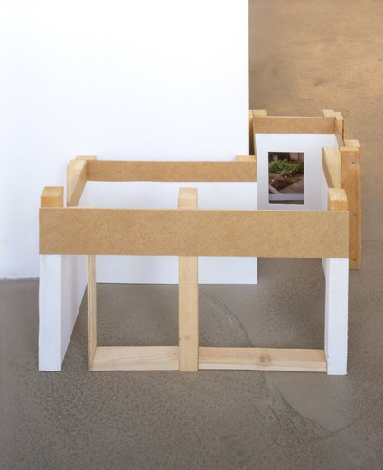 Tue Greenfort, Untitled (Galeriemodel), wood, paint, photography, 2002, 30 x 62 x 52 cm