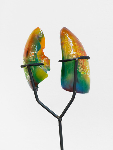 Mariechen Danz, Lungs (halftime / active), polyester resin, thermochromic, steel, 2016