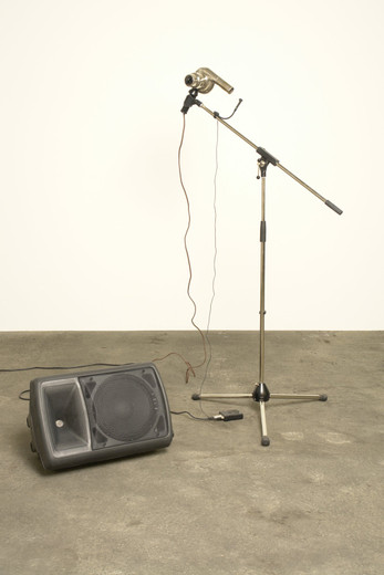 Michael Sailstorfer, Anna, hair dryer,  microphone, microphone stand, speakers, 2004, 165 x 120 x 150 cm, 5/5 + II AP