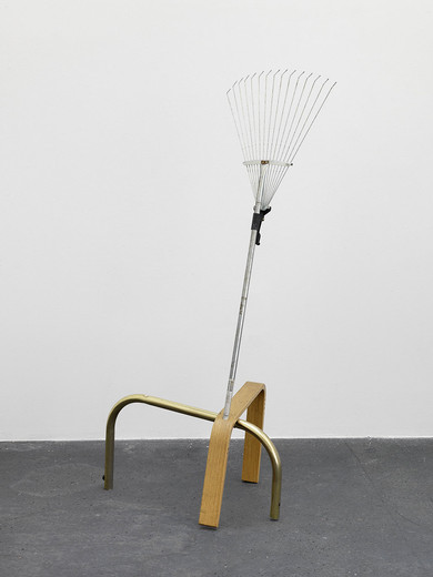 Amalia Pica, Catachresis # 40 (teeth of the rake, leg of the chair, leg of the table, head of the screw), found materials, 2013, 147.5 x 60 x 60 cm, unique