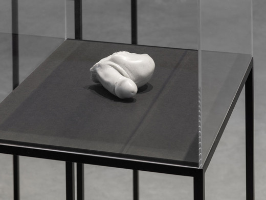 Nasan Tur, Fragment (penis and scrotum), Carrara marble, 2015, 7 x 11.5 x 11 cm, unique