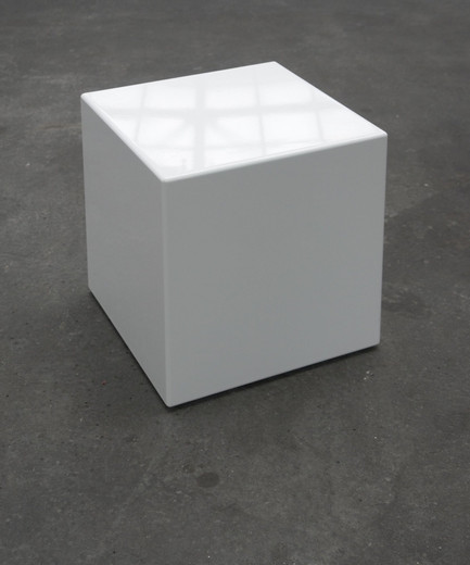 Johannes Wohnseifer, Feminized White Cube, varnished MDF (RAL 9016), 2006, 42 x 42 x 42 cm, 1/3 + 1 AP