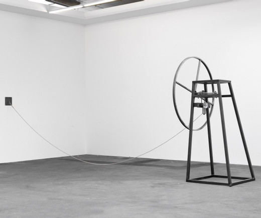 Amalia Pica, Playing solo and indoors (mechanical jump rope), steel, motor, rope, 2013, 207 x 126 x 600 cm, unique