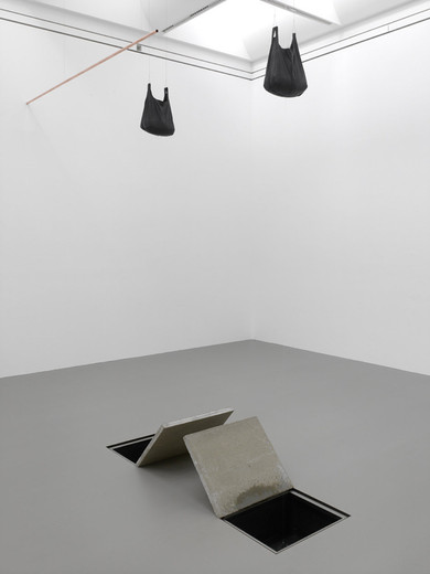 "<span class=""artists work-caption"">Tatiana Trouvé</span><span class=""title work-caption"">Untitled</span><span class=""technique work-caption"">bronze, copper</span><span class=""year work-caption"">2014</span><span class=""dimensions work-caption"">dimensions variable</span><span class=""edition work-caption"">1/3 + 1AP</span>"