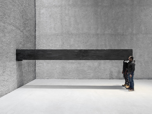 Santiago Sierra, Object measuring 600 x 57 x 52 cm constructed to be held horizontally to a wall, performance, 2001 - 2016, 600 x 52 x 57 cm