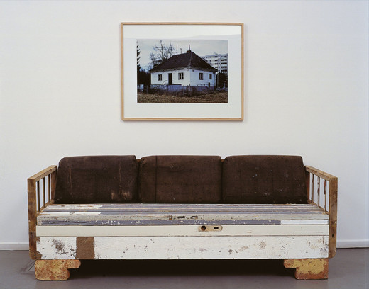 "<span class=""artists work-caption"">Michael Sailstorfer</span><span class=""title work-caption"">Herterichstraße</span><span class=""technique work-caption"">material of demolition, photograph, frame</span><span class=""year work-caption"">2001</span><span class=""dimensions work-caption"">175 x 200 x 95 cm</span>"