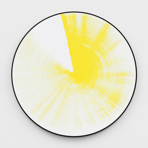 Claudia Comte, Turn and Slip 140, yellow, acrylic on canvas, 2017, diameter: 140 cm, unique