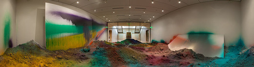 Katharina Grosse, o.T. (Erdberg), acrylic on wall, floor, glass, canvas and soil, 2013, 420 x 970 x 1,400 cm, unique