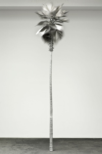 David Zink Yi, Neusilber (New Silver), aluminium, stainless steel, 2010, h = 355,  Ø 105 cm, unique from a series of 10