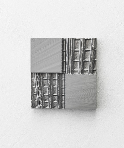 Johannes Wohnseifer, Aluminium Painting #8, machined aluminium, anodized, 2019, 21,8 x 20,3 cm, unique