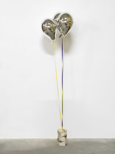 Jeppe  Hein, Mirror Balloons with Tree Trunk, glass fiber reinforced plastic, chrome lacquer, magnet, string (yellow, purple, may green), birch trunk, 2015, 3 balloons, each 40 x 26 x 26 cm, I/II (3)