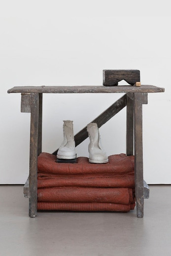 Tatiana Trouvé, Notes on Sculptures, September 15th, «Peter», bronze, concrete, wood, 2016, 70.50 x 78 x 50 cm