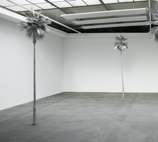 "<span class=""artists work-caption"">David Zink Yi</span><span class=""title work-caption"">Neusilber (New Silver)</span><span class=""technique work-caption"">aluminium, stainless steel, two parts</span><span class=""year work-caption"">2008 - 2010</span><span class=""dimensions work-caption"">h = 350.01 cm</span><span class=""edition work-caption"">unique</span>"