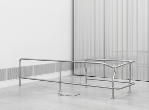 Monica Bonvicini, Waiting #1, stainless steel, handcuffs, 2017, 95 x 360 x 110 cm, unique