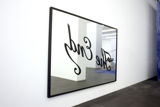 "<span class=""artists work-caption"">Kris Martin</span><span class=""title work-caption"">The End</span><span class=""technique work-caption"">framed mirror</span><span class=""year work-caption"">2006</span><span class=""dimensions work-caption"">250 x 350 cm</span><span class=""edition work-caption"">1/5</span>"