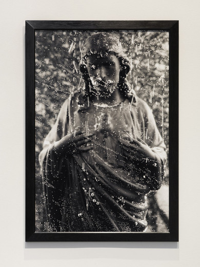 Andres Serrano, Black Jesus (Immersions), chromogenic print on archival paper, back-mounted on dibond, anti-UV and anti-reflective glass, wooden frame, 1990, 152.4 x 101.6 cm, AP 2/2 (4)