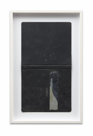 "<span class=""artists work-caption"">Daniel Turner</span><span class=""title work-caption"">Untitled</span><span class=""technique work-caption"">steel, vinyl, adhesive Tape</span><span class=""year work-caption"">2014</span><span class=""dimensions work-caption"">64.77 x 4.45 x 41.28 cm</span>"