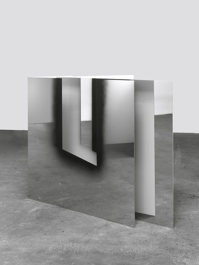 Nathan Hylden, Untitled, lacquer on stainless steel,  2 parts, 2013, 147 x 148 x 128 cm, unique
