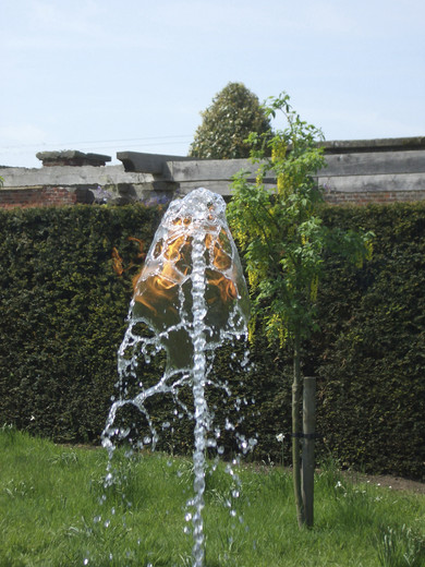 Jeppe  Hein, Water Flame, pump technique, gas technique, water basin, 2006, 250 x 250 cm, 3/3 + 2 AP