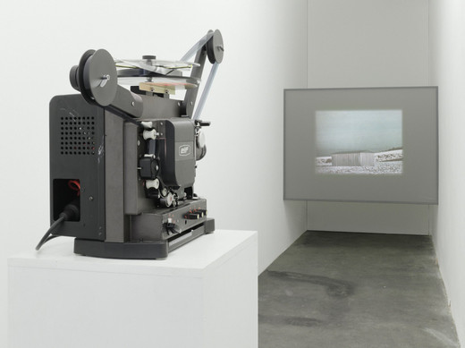 Michael Sailstorfer, Ohne Titel (Lohma), 16 mm film with  magnet sound, loop machine, 2008, dimensions variable, 2/3 + 2 AP