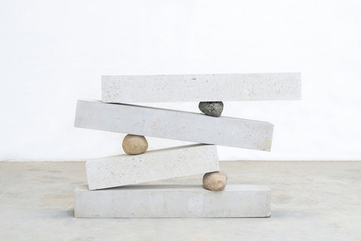 Jose  Dávila, Systems of maximum usefulness, concrete and boulders, 133 x 202 x 34 cm, unique