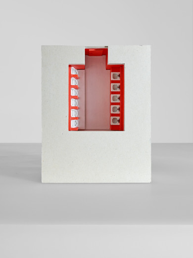 Andreas Schmitten, Untitled, cardboard, wood, lacquer, 2010, 21 x 31 x 38 cm, © photo Niels Schabrod