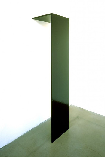 Michaela Meise, Untitled, block board, plywood, acrylic, acrylic lacquer, 2003, 171.5 x 40 x 40 cm, unique