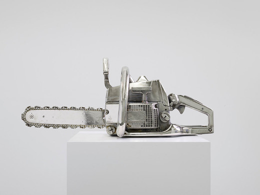 Monica Bonvicini, Chainsaw, chromed, nickel-plated chainsaw, pedestal ( varnished plywood ), 2012, 71.5 x 27.5 x 25 cm