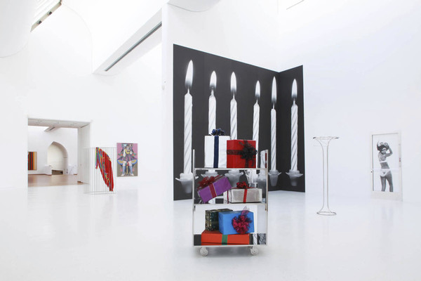 Kathryn Andrews, Special Meat Occasional Drink, 2013, Museum Ludwig, Cologne, Germany, Installation view Photography: Michael van den Bogaard