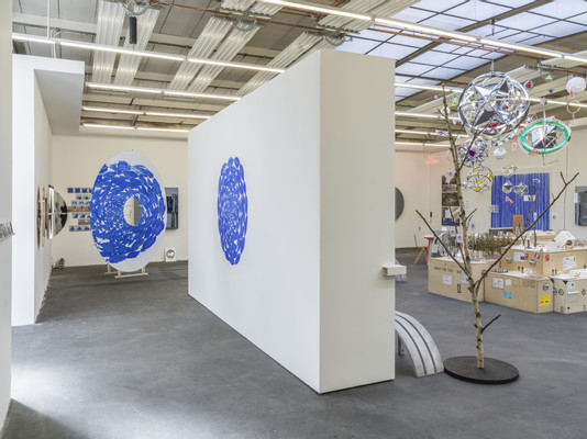 Jeppe Hein, Behind Hein, 2019, installation view, photo by Roman März